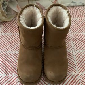 UGGS- size 2